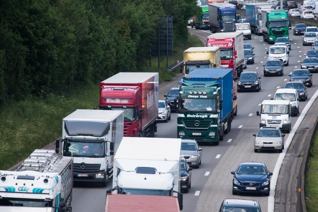 La Comisión adopta una Recomendación sobre el enfoque coordinado de la UE en materia de viajes y transportes en respuesta a la nueva variante del coronavirus en el Reino Unido