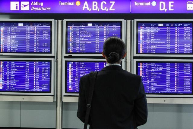 La Comisión firma un acuerdo de aviación con Japón