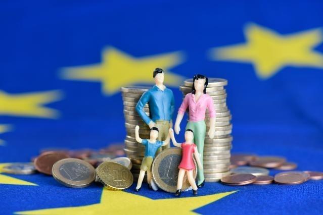 Nueva Agenda del Consumidor: la Comisión Europea capacitará a los consumidores para que se conviertan en el motor de la transición